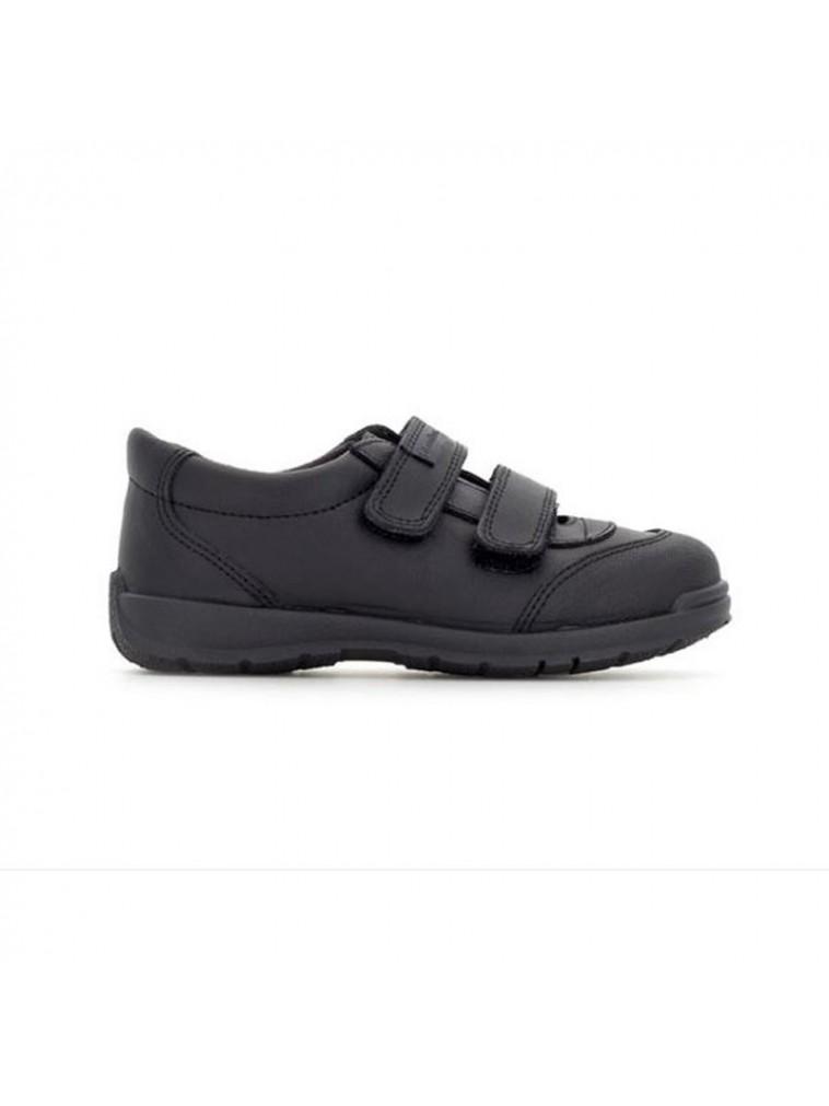 zapato colegial para niños APOLO de titanitos con puntera de goma reforzada en piel lavable color negro