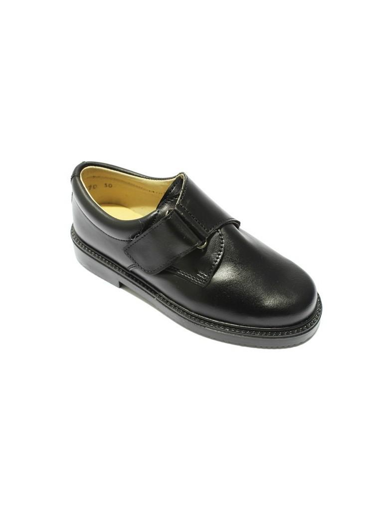 zapato colegial para niños estilo clásico con cierre de cinta adherente en piel color negro